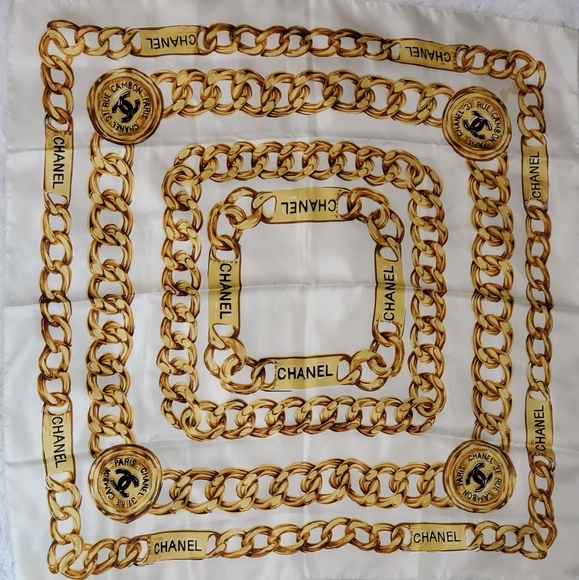 Chanel chain link silk scarf Vintage early 90s